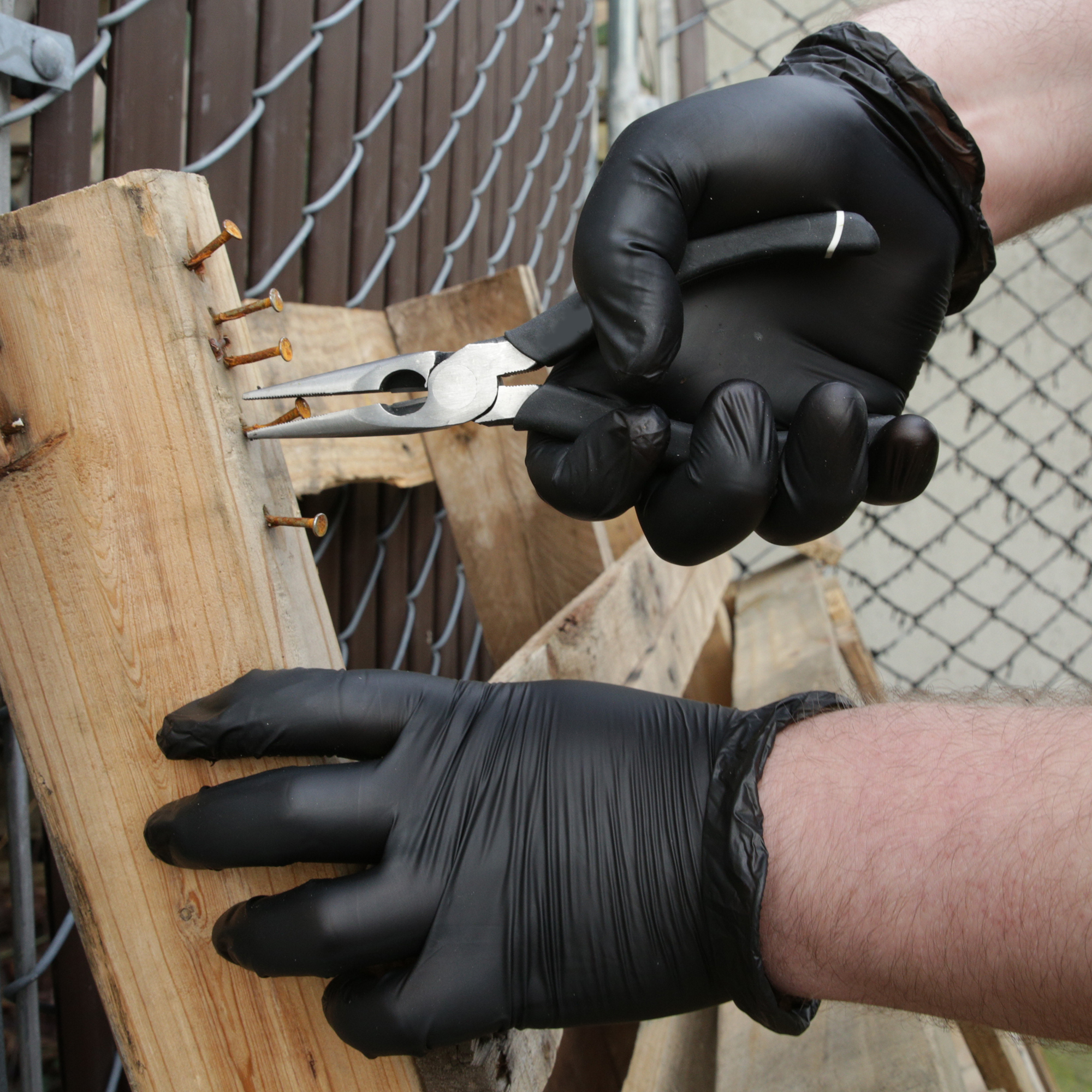 Gloveworks Black Synthetic are an excellent alternative to nitrile gloves. Vinyl Industrial Gloves